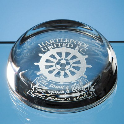 9CM LEAD CRYSTAL GLASS FLAT TOP DOME PAPERWEIGHT.