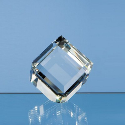 6CM OPTICAL GLASS BEVEL EDGE CUBE PAPERWEIGHT.