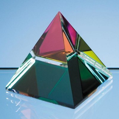 5CM COLOUR OPTICAL GLASS CRYSTAL 4 SIDED PYRAMID PAPERWEIGHT.