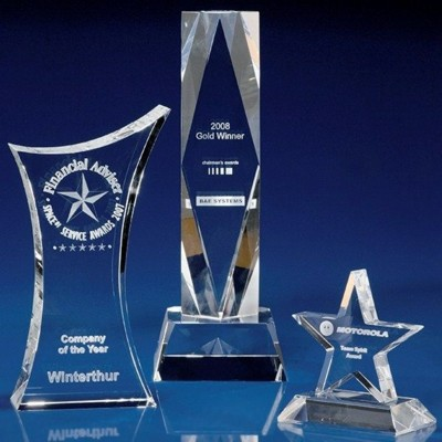 CRYSTAL GLASS BUSINESS PAPERWEIGHT OR AWARD.