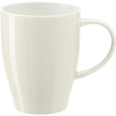 BONE CHINA MUG in Off White.