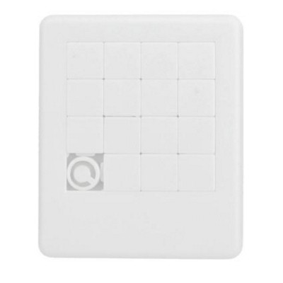 SLIDING PUZZLE GAME in White.