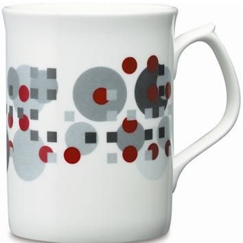 TOPAZ BONE CHINA MUG in White.