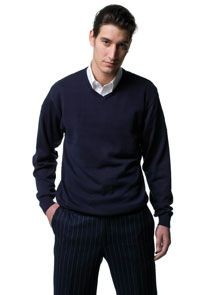 RUSSELL COLLECTION V NECK JUMPER.