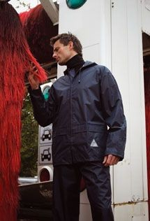 RESULT WEATHERGUARD JACKET & TROUSER SUIT in Carry Bag.
