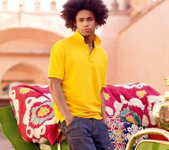 FRUIT OF THE LOOM PREMIUM PIQUE POLO SHIRT.