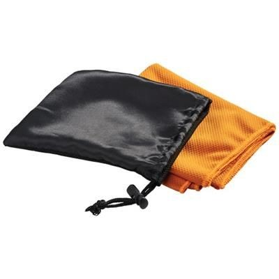 PETER COOLING TOWEL in Mesh Pouch in Orange.