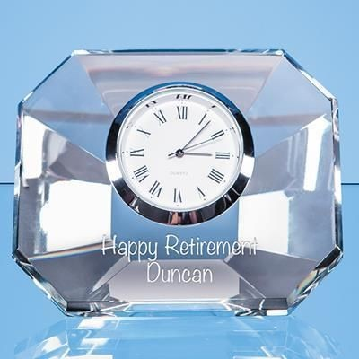8CM OPTICAL CRYSTAL WEDGE CLOCK.