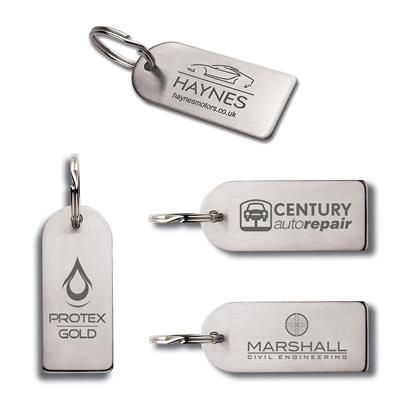 LASER ENGRAVED SMALL ARCH SHAPED STAINLESS STEEL METAL KEYRING in Silver.