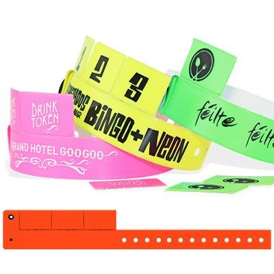Picture of 3-TAB VINYL WRISTBAND 19MM