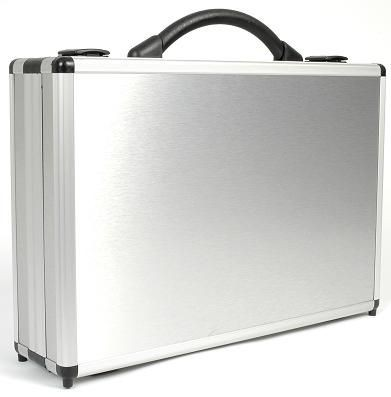 Picture of DIVIDE 100 PRESENTATION BRIEFCASE in Silver