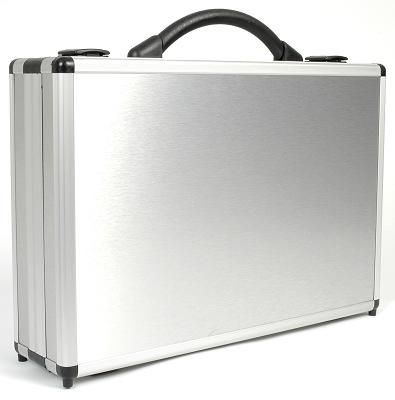 Picture of DIVIDE 150 PRESENTATION BRIEFCASE in Silver