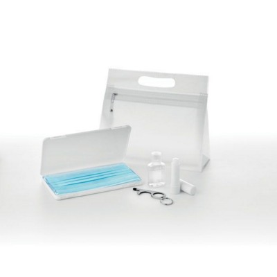 Picture of 4 PIECES TRAVEL SET