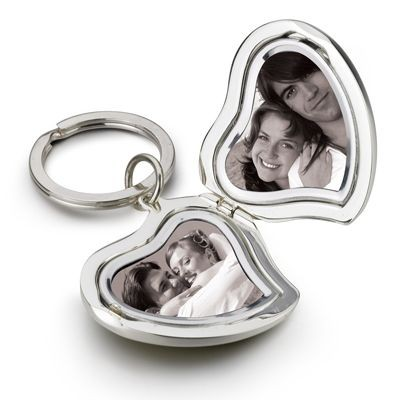 Picture of DOUBLE HEART METAL PHOTO FRAME KEYRING in Silver