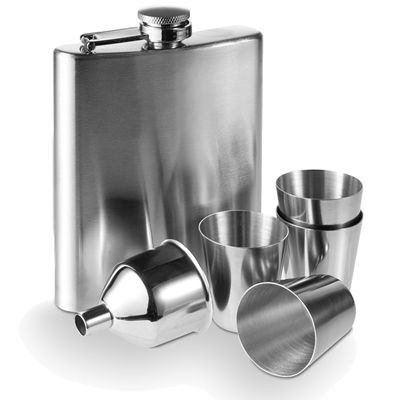 Picture of 7OZ SILVER STAINLESS STEEL METAL HIP FLASK SET in Gift Box
