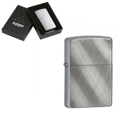 Picture of GENUINE ZIPPO LIGHTER in Silver Chrome Diagonal Weave Brished Finish