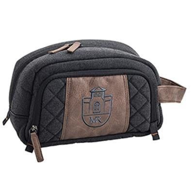 Picture of SIGNATURE GOLF WASH BAG