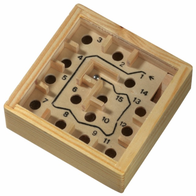 Picture of WOOD LABYRINTH PUZZLE GAME