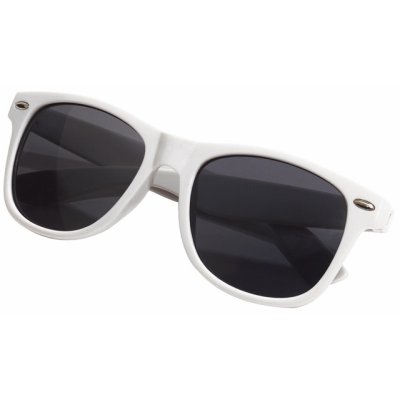 Picture of STYLISH SUNGLASSES in White
