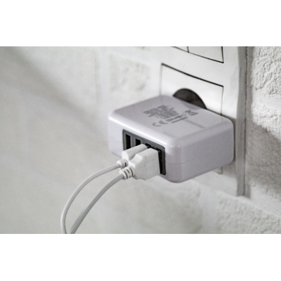 Picture of GREGOR PLASTIC USB WALL CHARGER with 4 Ports Max Output 3100 Ma