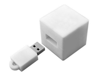Picture of BABY CUBE USB FLASH DRIVE MEMORY STICK in PVC Rubber