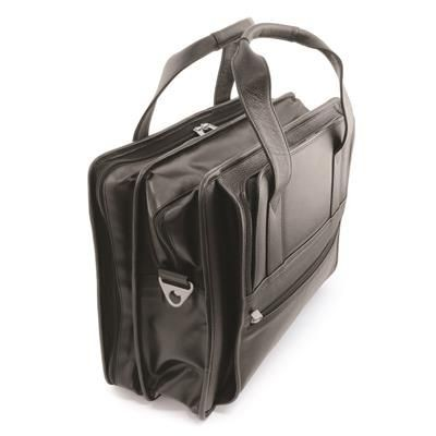 Picture of SANDRINGHAM NAPPA LEATHER CARRY ON FLIGHT OR PILOT BAG in Soft Touch Padded Leather
