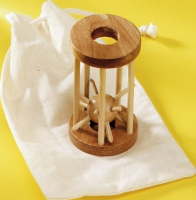 Picture of WOOD CAGE PUZZLE in Off White