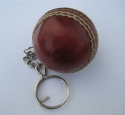 Picture of LEATHER CRICKET BALL KEYRING