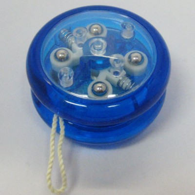 Picture of ROUND CLUTCH YOYO in Translucent Blue Plaastic