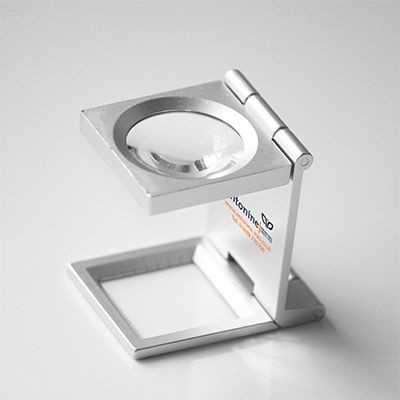 Picture of METAL LINEN TESTER MAGNIFIER in Silver
