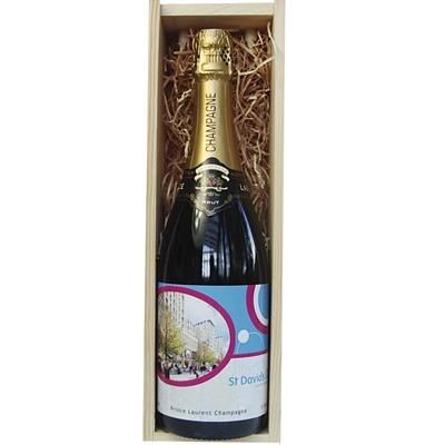 Picture of PERSONALISED CHAMPAGNE in Wood Box