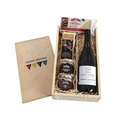 Picture of CHEDDAR CHEESE & WINE CRATE