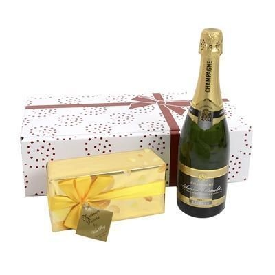 Picture of CHAMPAGNE & CHOCOLATES GIFT BOX