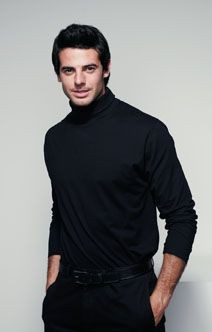 Picture of HENBURY LONG SLEEVE ROLL NECK TOP