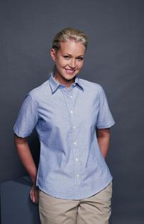 Picture of HENBURY LADIES SHORT SLEEVE CLASSIC OXFORD SHIRT