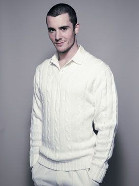 Picture of FINDEN & HALES CRICKET JUMPER