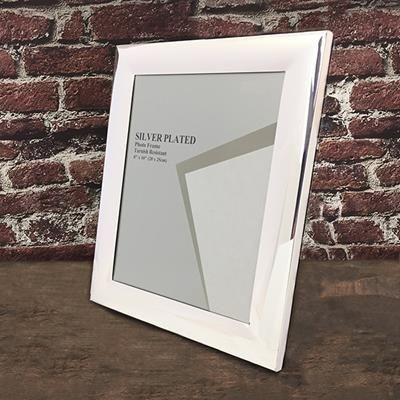 Picture of CLASSIC SILVER PLATED METAL PHOTO FRAME