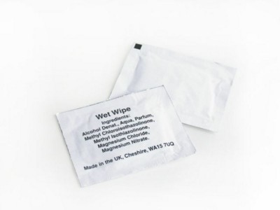 Picture of SINGLE WET WIPE in White