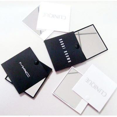 Picture of COMPACT PLASTIC MIRROR