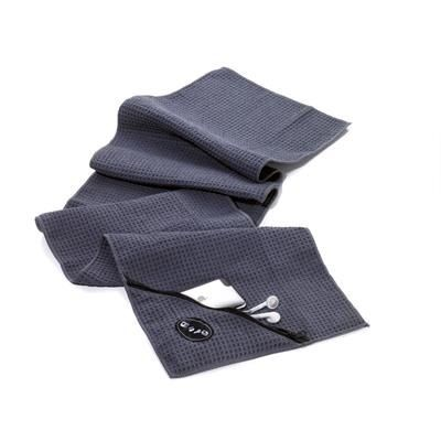 Picture of TROIKA SCHWITZABLEITER FITNESS TOWEL with Integrated Zip-pocket for MP3 Player & Smart Phone