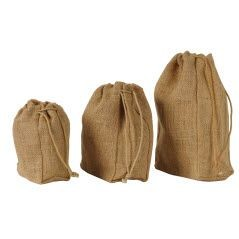 NATURAL JUTE LARGE DRAWSTRING POUCH in Natural