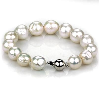 Picture of 12MM SINGLE STRAND ROUND AAA FRESHWATER PEARL BRACELET