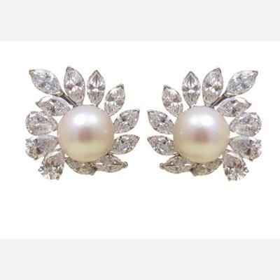 Picture of CLASSY CULTURED PEARL AND SWAROVSKI ELEMENT DIAMOND PEARL DROP EARRINGS