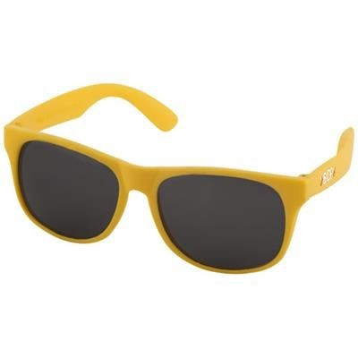 Picture of RETRO SINGLE COLOUR SUNGLASSES in White Solid