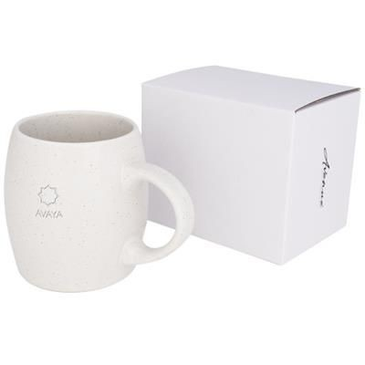 Picture of STONE 590 ML CERAMIC POTTERY MUG in White Solid