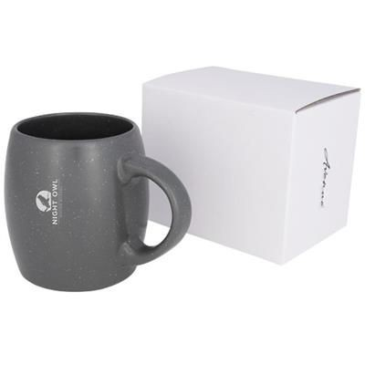 Picture of STONE 590 ML CERAMIC POTTERY MUG in Grey