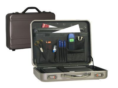 Picture of FALCON 17 INCH ALUMINIUM METAL ATTACHE BRIEFCASE in Titanium-gun Metal