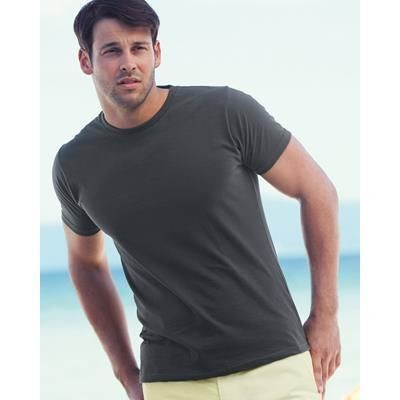 Picture of FRUIT OF THE LOOM FITTED VALUEWEIGHT TEE SHIRT