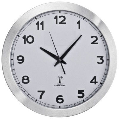 Picture of LARGE ROUND METAL RADIO CLOCK in White