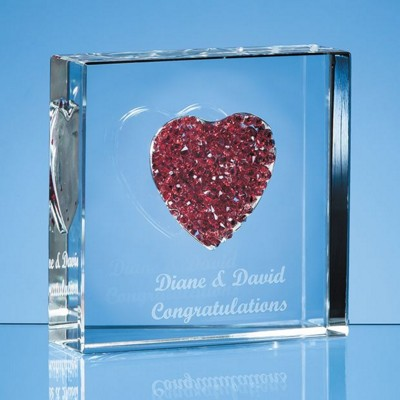 Picture of RED DIAMANTE HEART PAPERWEIGHT